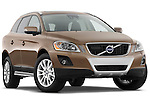 Low aggressive passenger side front three quarter view of a 2009 Volvo XC 60