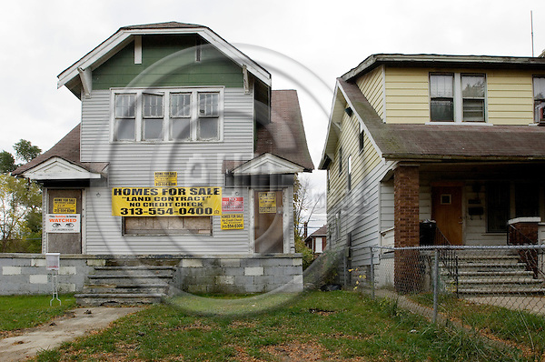 DETROIT - USA 25 OCT 2008 -- Detroit's population fell from a peak of roughly 1.8 million in 1950 to about half that number today. Vacant houses are found all over the city. -- PHOTO: © GORM K. GAARE/ EUP-BERLIN..