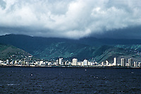 Honlulu: Waikiki from the sea. Photo '82.