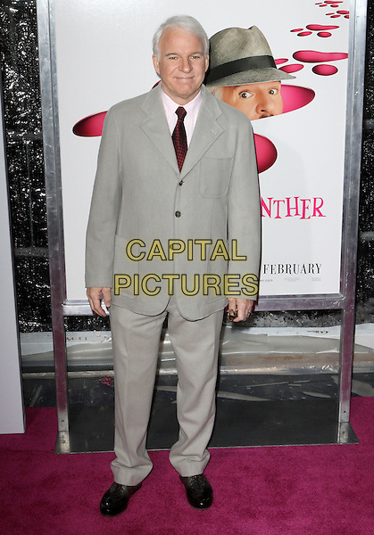 "STEVE MARTIN .""The Pink Panther 2"" World Premiere held at the Ziegfeld Theater, New York, NY, USA..February 3rd, 2009.full length grey gray suit.CAP/ADM/PZ.©Paul Zimmerman/AdMedia/Capital Pictures."