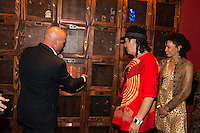 LAS VEGAS, NV - SEPTEMBER 12: Carlos Santana and Cindy Blackman Santana pictured as Carlos Santana Kicks off fall residency shows at House of Blues Las Vegas and honored with a Casa Noble tequila Locker at The Foundation Room at House of Blues in Las Vegas, NV on September 12, 2012. © RD/Kabik/ Starlitepics/MediaPunch Inc.***HOUSE COVERAGE*** /NortePhoto.com<br /> <br /> **CREDITO*OBLIGATORIO** *No*Venta*A*Terceros*<br /> *No*Sale*So*third*...