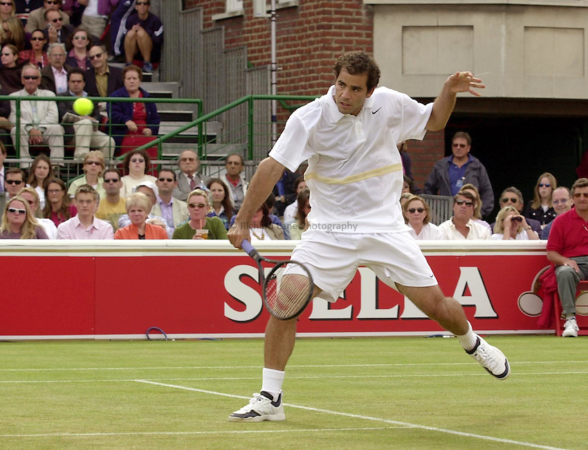 Photo:Ken Brown .11/06/2001. .Stella Artois Championship 2001 .Pete Sampras in his straight sets victory over Jan-Michael Gambill