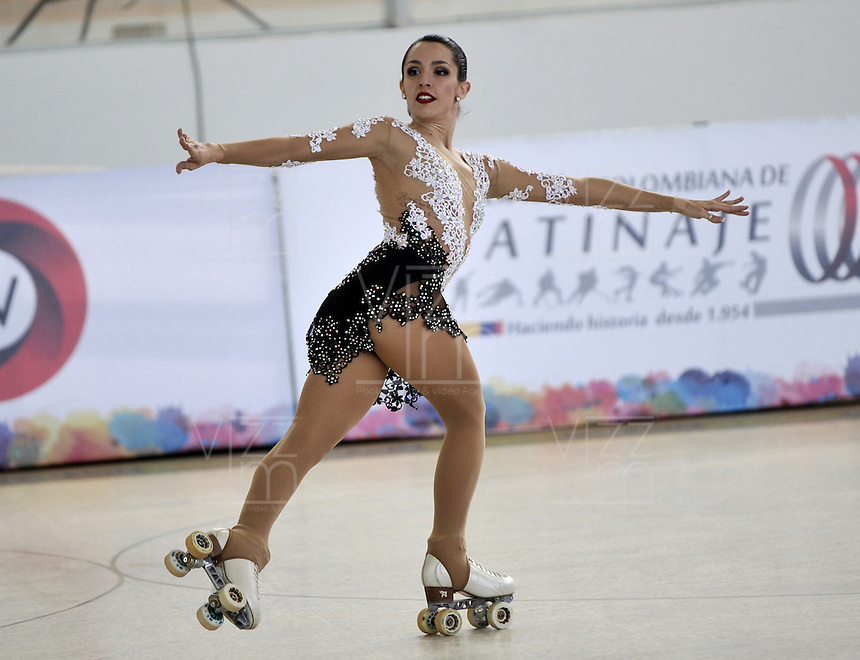 CALI - COLOMBIA - 19 - 09 - 2015: Micaela Magliocco, deportista de Argentina, durante la prueba de Solo Danza Obligatorias Mayores Damas, en el LX Campeonato Mundial de Patinaje Artistico, en el Velodromo Alcides Nieto Patiño de la ciudad de Cali. / Micaela Magliocco, sportwoman Argentina, during the Compulsory Solo Dance Senior Leidis  test, in the LX World Championships  Figure Skating, at the Alcides Nieto Patiño Velodrome in Cali City. Photo: VizzorImage / Luis Ramirez / Staff.