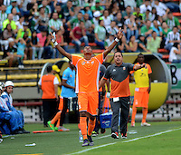 MEDELLÍN -COLOMBIA-16-ABRIL-2016. Yairo Moreno del Envigado FC celebra su gol against Atlético Nacional  durante partido por la fecha 13 de Liga Águila I 2016 jugado en el estadio Atanasio Girardot ./Yairo Moreno  of Envigado FC  celebrates his goal against Atletico Nacional during the match for the date 13 of the Aguila League I 2016 played at Atanasio Girardot  stadium in Medellin . Photo: VizzorImage / León Monsalve  / Contribuidor