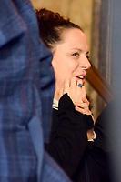 Rio de Janeiro (RJ), 08/07/2019 - Velório / João Gilberto -  A filha de Bebel Gilberto no velorio do pai no Theatro Municipal do do músicoJoão Gilberto, na manhã desta segunda-feira(8).O músico morreu em cas, neste sábado(6), aos 88 ano. João Gilberto foi um dos criadores da bossa nova e enfrentava problemas de saúde havia alguns anos.Cinelândia, regiao central do Rio de Janeiro (Foto: Vanessa Ataliba/Brazil Photo Press)
