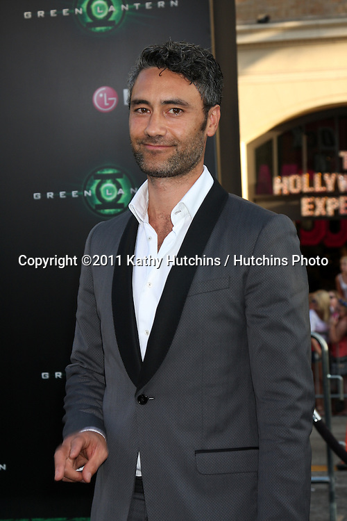 LOS ANGELES - JUN 15:  Taika Waititi arriving at the Green Lantern Premiere at Grauman's Chinese Theater on June 15, 2011 in Los Angeles, CA