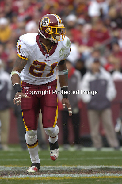 3 December 2006:  Redskins safety Sean Taylor (21)..The Atlanta Falcons defeated the Washington Redskins 24-14 at FedEx Field in Landover, MD.