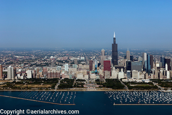 aerial photograph Grant Park, Willis Tower, Chicago, Illinois