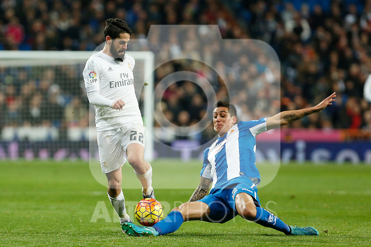 Real Madrid´s Isco during 2015/16 La Liga match between Real Madrid and Espanyol at Santiago Bernabeu stadium in Madrid, Spain. January 31, 2016. (ALTERPHOTOS/Victor Blanco)