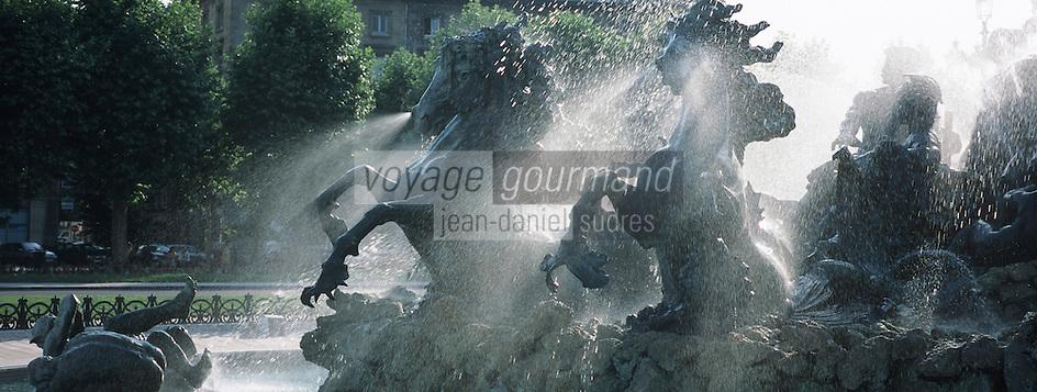 Europe/France/Aquitaine/33/Gironde/Bordeaux: Place des Quinconces, les chevaux de la fontaine du monument aux girondins (1827)