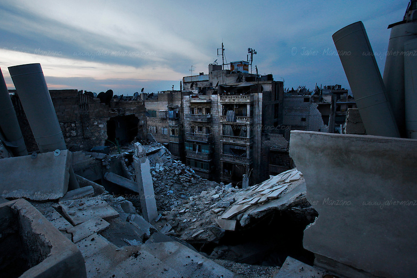In the rebel-controlled areas of Aleppo, electricity, cellphone and internet lines have been cut for the 9th consecutive day. The Assad government claims that the rebels are responsible for the blackout. In the case of the internet, activists claim that this is technically impossible, since the Free Syria Army is not capable to cut all internet connections since most of them (three of the main fiber optic cables are located in the coastal city of Tartus), are in regime-controlled areas of Syria. As winter approaches, residents prepare for the harsh few months ahead of them...© Javier Manzano.