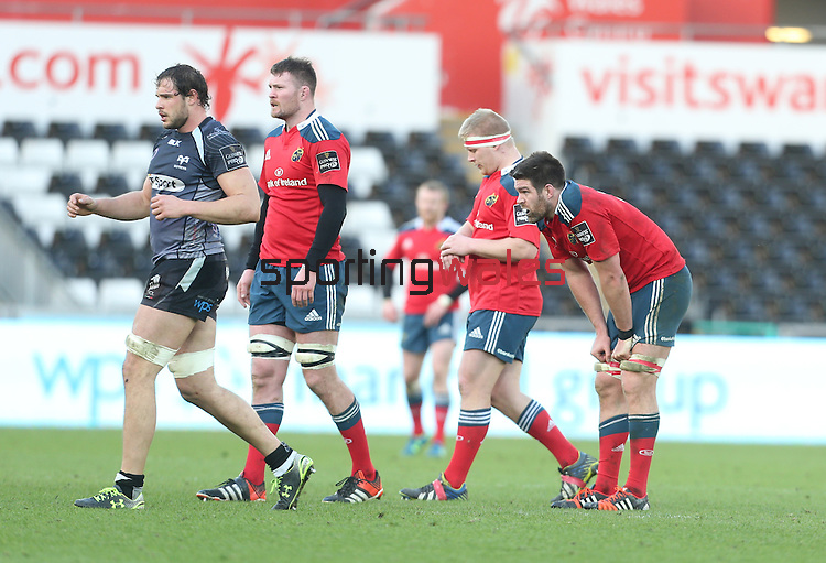 A dejected Billy Holland at the final whistle after Munster lose heavily to Ospreys.<br /> Guiness Pro12<br /> Ospreys v Munster<br /> Liberty Stadium<br /> 07.03.15<br /> ©Steve Pope - SPORTINGWALES