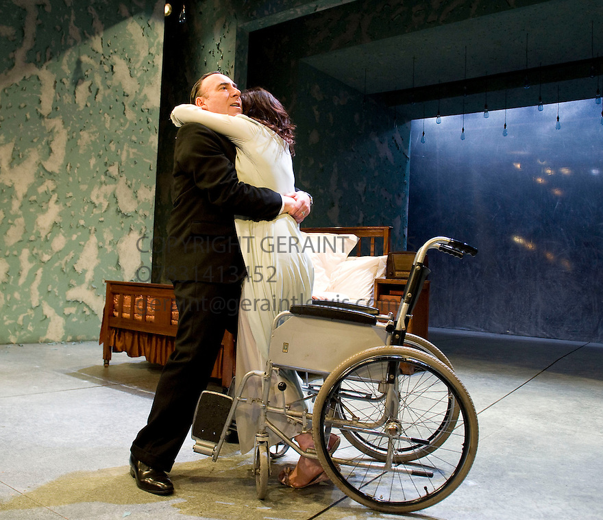 Broken Glass by Arthur Miller,directed by Iqbal Khan .With Antony Sher as Philip Gellburg,Lucy Cohu as Sylvia Gellburg. Opens at The  Tricycle Theatre  on 6/10/10 Credit Geraint Lewis
