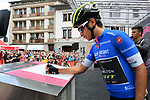 Maglia Azzurra Esteban Chaves (COL) Mitchelton-Scott at sign on before the start of Stage 15 of the 2018 Giro d'Italia, running 156km from Tolmezzo to Sappada, Italy. 20th May 2018.<br /> Picture: LaPresse/Gian Mattia D'Alberto | Cyclefile<br /> <br /> <br /> All photos usage must carry mandatory copyright credit (&copy; Cyclefile | LaPresse/Gian Mattia D'Alberto)