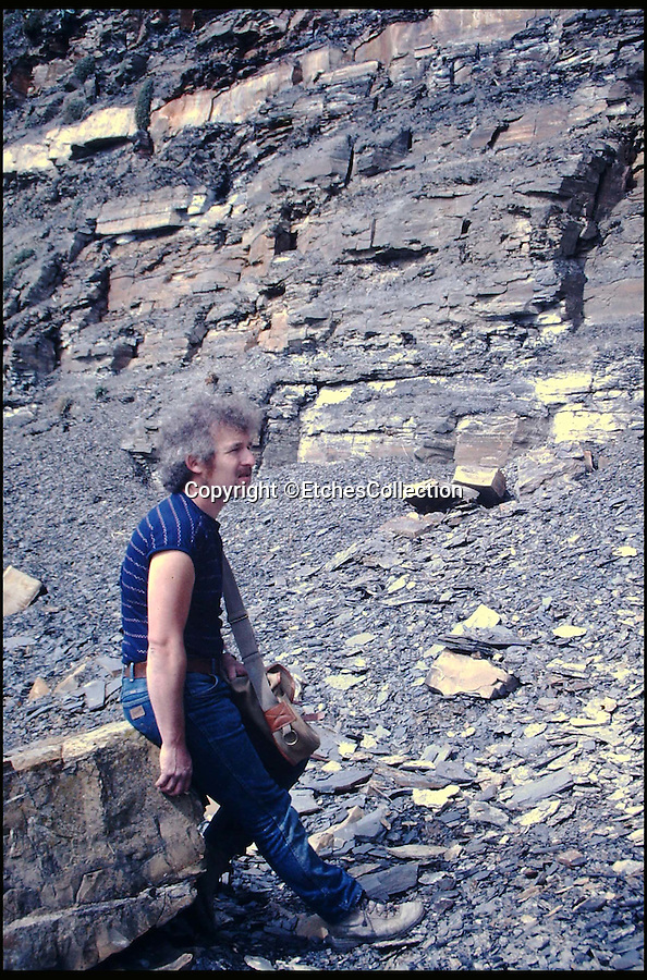 BNPS.co.uk (01202 558833)<br /> Pic: EtchesCollection/BNPS<br /> <br /> Steve Etches fossil hunting near his home in the 1990's...<br /> <br /> A prolific fossil hunter who has spent 30 years digging up more than 2,000 Jurassic specimens is set to open a £5 million museum showcasing his collection. <br /> <br /> Steve Etches has become globally renowned in his field after accumulating the extensive set of exhibits, which includes rare samples from ancient species only recently discovered, at Dorset beauty spot Kimmeridge Bay.