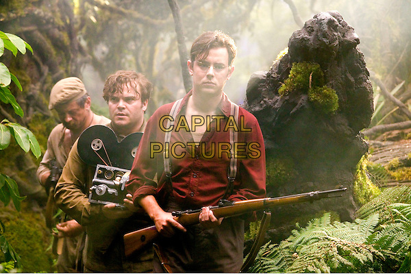ANDY SERKIS, JACK BLACK & COLIN HANKS.in King Kong.Filmstill - Editorial Use Only.CAP/AWFF.www.capitalpictures.com.sales@capitalpictures.com.Supplied By Capital Pictures.