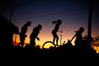 Leme do Prado_MG, Brasil...Criancas brincando em Leme do Padra, Minas Gerais...Children playing in Leme do Padra, Minas Gerais...Foto: LEO DRUMOND / NITRO