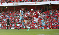 Burnley's Sam Vokes goes close with a second half header<br /> <br /> Photographer Rob Newell/CameraSport<br /> <br /> The Premier League - Arsenal v Burnley - Sunday 6th May 2018 - The Emirates - London<br /> <br /> World Copyright &copy; 2018 CameraSport. All rights reserved. 43 Linden Ave. Countesthorpe. Leicester. England. LE8 5PG - Tel: +44 (0) 116 277 4147 - admin@camerasport.com - www.camerasport.com