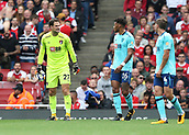 9th September 2017, Emirates Stadium, London, England; EPL Premier League Football, Arsenal versus Bournemouth; Goalkeeper Asmir Begovic of Bournemouth shouting at Tyrone Mings and Dan Gosling of Bournemouth due to mis communication which nearly ended up Bournemouth conceding a third goal
