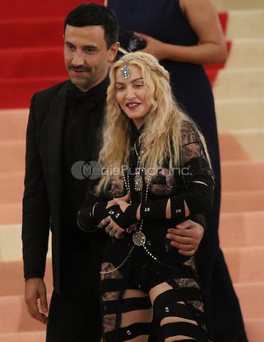 05 02 2016: Riccardo Tisci, Madonna at Manus X Machina: Fashion In An Age of Technology at Metropolitan Museum of Art in New York. Credit:RWMediaPunch