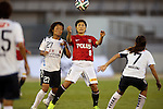 (L to R) Rika Masuya (INAC), Hikaru Naomoto (Reds Ladies),<br /> AUGUST 17,2014 - Football / Soccer : 2014 Nadeshiko League, between Urawa Reds Ladies 0-1 INAC KOBE LEONESSA at Urawakomaba Stadium, Saitama, Japan. (Photo by Jun Tsukida/AFLO SPORT)