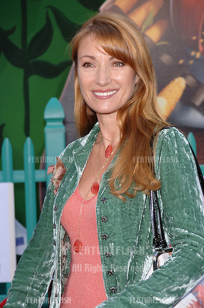 Actress JANE SEYMOUR at the world premiere of Walt Disney's Chicken Little at the El Capitan Theatre, Hollywood..October 30, 2005 Los Angeles, CA.© 2005 Paul Smith / Featureflash