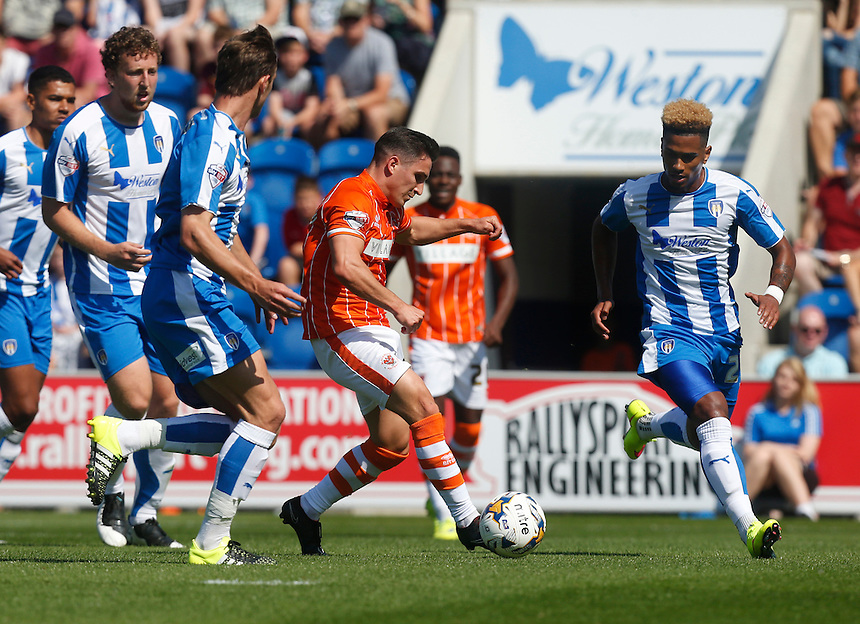 Blackpool's Jack Redshaw in action during todays match  <br /> <br /> Photographer  Kieran Galvin/CameraSport<br /> <br /> Football - The Football League Sky Bet League One - Colchester United v Blackpool - Saturday 08th August 2015 - Weston Homes Community Stadium - Colchester<br /> <br /> &copy; CameraSport - 43 Linden Ave. Countesthorpe. Leicester. England. LE8 5PG - Tel: +44 (0) 116 277 4147 - admin@camerasport.com - www.camerasport.com