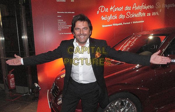 THOMAS ANDERS .Golden Steering Wheel Awards, Halle, Berlin, Germany,  9th NOvember 2005..half length car.CAP/PPG.?People PIcture/Capital Pictures