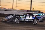 Feb 17, 2014; 6:21:23 PM;  Barberville, FL, USA;  World of Outlaws Late Model Series for 43rd Annual DIRTcar Nationals presented by Summit Racing Equipment at Volusia Speedway Park.  Mandatory Credit: (thesportswire.net)