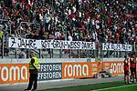 06.08.2017, WWK-Arena, Augsburg, GER, 1.FBL, Testspiel,FC Augsburg vs PSV Eindhoven, im Bild<br /> <br /> Dank der Fans an Paul VERGAEGH (FC Augsburg #2)<br /> <br /> Foto &copy; nordphoto / Schreyer