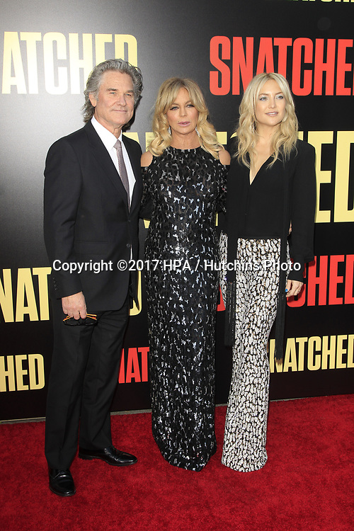 "LOS ANGELES - MAY 10:  Kurt Russell, Goldie Hawn, Kate Hudson at the ""Snatched"" World Premiere at the Village Theater on May 10, 2017 in Westwood, CA"