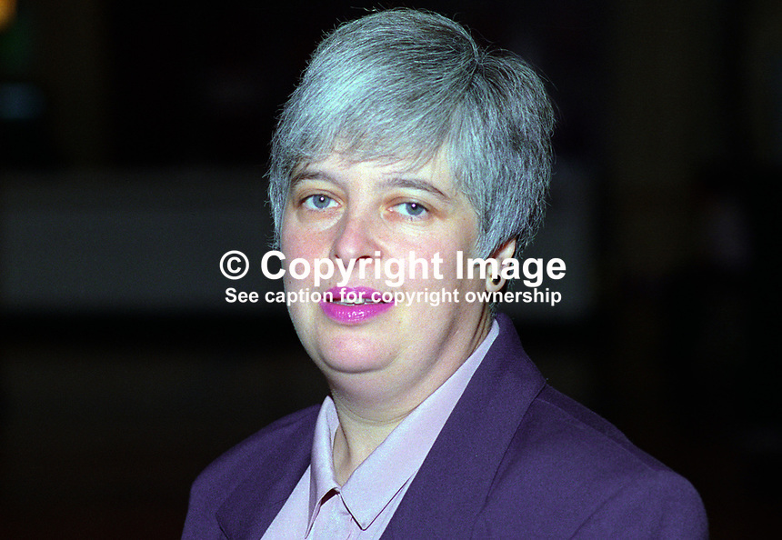 Barbara Roche, MP, Labour Party, UK, annual conference, October 1992, 19921009BR..Copyright Image from Victor Patterson, 54 Dorchester Park, Belfast, UK, BT9 6RJ..Tel: +44 28 9066 1296.Mob: +44 7802 353836.Voicemail +44 20 8816 7153.Skype: victorpattersonbelfast.Email: victorpatterson@me.com.Email: victorpatterson@ireland.com (back-up)..IMPORTANT: If you wish to use this image or any other of my images please go to www.victorpatterson.com and click on the Terms & Conditions. Then contact me by email or phone with the reference number(s) of the image(s) concerned.