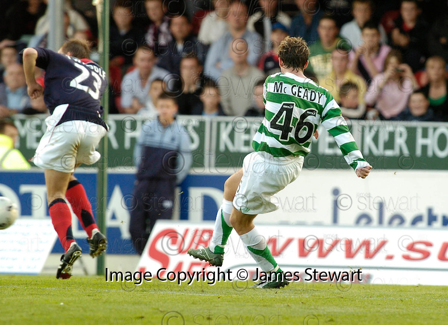 01/10/2006       Copyright Pic: James Stewart.File Name :sct_jspa02_falkirk_v_celtic.AIDEN MCGEADY SCORES CELTICS WINNER.....Payments to :.James Stewart Photo Agency 19 Carronlea Drive, Falkirk. FK2 8DN      Vat Reg No. 607 6932 25.Office     : +44 (0)1324 570906     .Mobile   : +44 (0)7721 416997.Fax         : +44 (0)1324 570906.E-mail  :  jim@jspa.co.uk.If you require further information then contact Jim Stewart on any of the numbers above.........