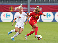 20190829 - LEUVEN , BELGIUM : Belgium's Janice Cayman (right) and England's Beth Mead (left) are pictured during the female soccer game between the Belgian Red Flames and England , The Lionesses , a friendly womensoccer game in the preparation for the European Championship qualification round in group H for England 2021, Tuesday 29 th August 2019 at the King Power Stadion Den Dreef in Leuven , Belgium. PHOTO SPORTPIX.BE | SEVIL OKTEM