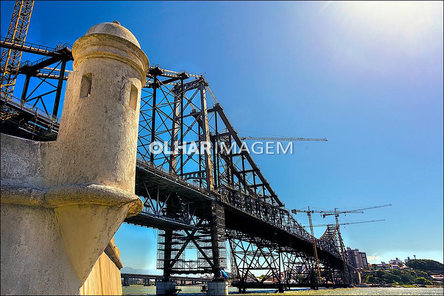 Obras na ponte Hercilio Luz, Florianopolis. Santa Catarina. 2017. Foto de Andre Arcenio.
