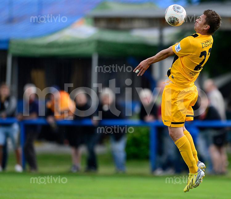Fussball, 2. Bundesliga, Saison 2013/14, SG Dynamo Dresden, Testspiel, FK Varnsdorf - SG Dynamo Dresden, Samstag (29.06.13), Dubi, Tschechische Republik. Dresdens Zlatko Dedic am Ball.