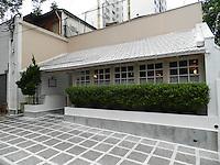 SÃO PAULO - SP -  23 DE DEZEMBRO 2012. ANTIQUARIUS, um dos mais famosos restaurante de São Paulo fecha suas portas depois de 22 anos instalado na Al.Lorena, 1.884 - Jardins. As portas se fecham definitivamente no dia 25, após o almoço de Natal, sua última refeição. FOTO: MAURICIO CAMARGO / BRAZIL PHOTO PRESS.