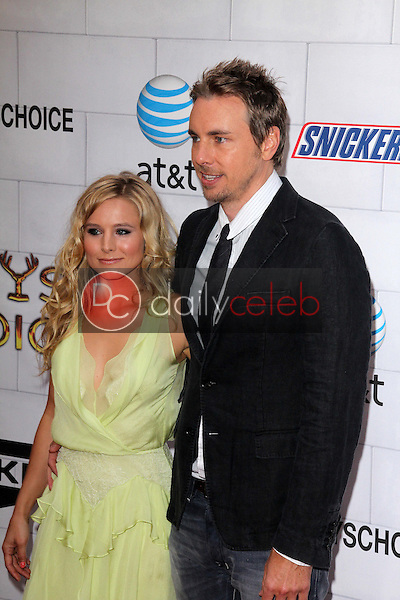 Kristen Bell, Dax Shepard<br /> at Spike TV's 2012 &quot;Guys Choice&quot; Awards, Sony Studios, Culver City, CA 06-02-12<br /> David Edwards/DailyCeleb.com 818-249-4998