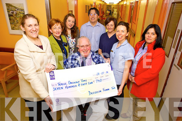 The Ventry Wren on St Stephen's raised €1,480 and donated half to the Oncology Ward in KGH and to Cillmhicadomhnaigh national school, Ventry. Pictured were: Maire O'Sé, Mary Fitzgerald, Marina O'Sé, Jeffri Ismail, Abbey Lynch, Theresa Walsh, Pili O'Sé and Sean O'Sé.