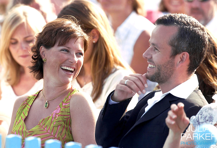 CONCERT IN BERGHOLM TO CELEBRATE CROWN PRINCESS VICTORIA.OF SWEDEN'S 25TH BIRTHDAY.  14/7/02 . PICTURE: UK PRESS  (ref 5105-30).PRINCESS MARTHA LOUISE & ARI BEHN.
