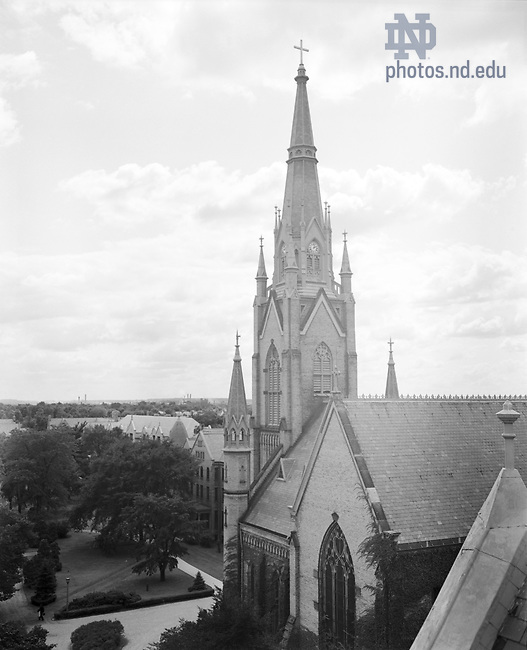 GPHR 45/0052:  Basilica of the Sacred Heart exterior, c1950s..Image from the University of Notre Dame Archives.