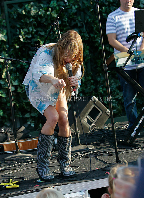 WWW.ACEPIXS.COM . . . . . ....EXCLUSIVE  all rounder....August 16 2009, LA....Actress and singer Taryn Manning performed at the Franklin Village Street Fair on August 16 2009 in Los Angeles....Please byline: JOE WEST- ACEPIXS.COM.. . . . . . ..Ace Pictures, Inc:  ..(646) 769 0430..e-mail: info@acepixs.com..web: http://www.acepixs.com