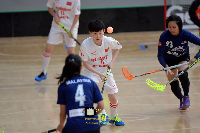 China's Anni Guo in action during the World Floorball Championships 2017 Qualification for Asia Oceania Region - Malaysia v China at ASB Sports Centre , Wellington, New Zealand on Sunday 5 February 2017.<br /> Photo by Masanori Udagawa<br /> www.photowellington.photoshelter.com.
