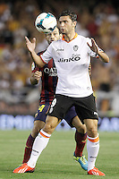 Valencia's Helder Postiga (r) and FC Barcelona's Javier Mascherano during La Liga match.September 1,2013. (ALTERPHOTOS/Acero) <br /> Football Calcio 2013/2014<br /> La Liga Spagna<br /> Foto Alterphotos / Insidefoto <br /> ITALY ONLY