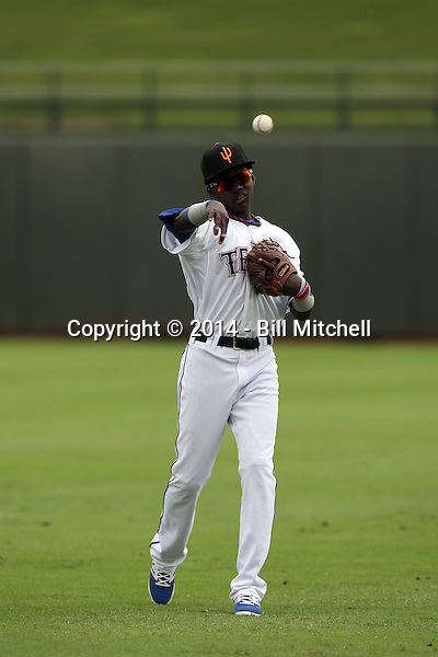 Michael De Leon - Surprise Saguaros - 2014 Arizona Fall League (Bill Mitchell)