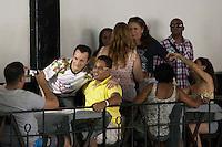 SAO PAULO, SP, 25 DE AGOSTO DE 2012 - ELEICOES 2012 - CELSO RUSSOMANNO-  O candidato a Prefeitura de Sao Paulo, Celso Russomanno (PRB), participa do Almoco na escola de samba Vai-Vai, na zona central da cidade, nesta da tarde de sabaso 25. FOTO RICARDO LOU - BRAZIL PHOTO PRESS