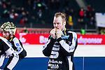 Solna 2014-03-16 Bandy SM-final herrar Sandvikens AIK - V&auml;ster&aring;s SK :  <br /> Sandvikens Magnus Muhr&eacute;n Muhren kysser sin guldmedalj vid prisutdelningen<br /> (Foto: Kenta J&ouml;nsson) Nyckelord:  SM SM-final final herr herrar VSK V&auml;ster&aring;s SAIK Sandviken  jubel gl&auml;dje lycka glad happy
