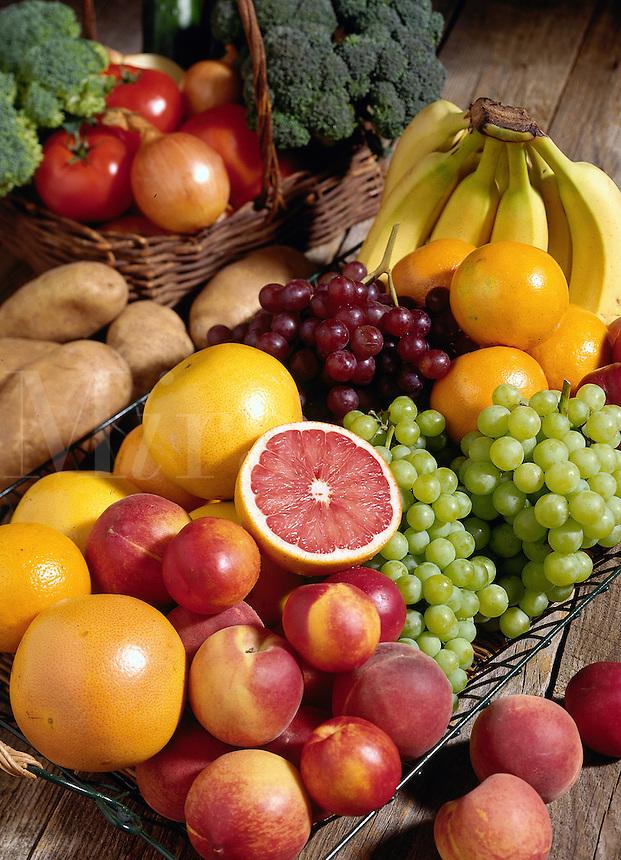 bananas, peaches, grapes, grapefruit, apples.