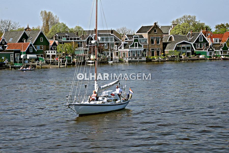Moinho e casas tradicionais holandesas. Zaanse Schans, Holanda. 2007. Foto:Marcio Nel Cimatti.