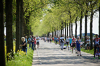 sunny feedzone<br /> <br /> stage 2: Arnhem-Nijmegen (NLD) 190km<br /> 99th Giro d'Italia 2016